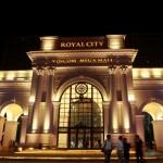 """ROYAL CITY ĐƯỢC VINH DANH """"CĂN HỘ TỐT NHẤT VIỆT NAM 2013"""""""